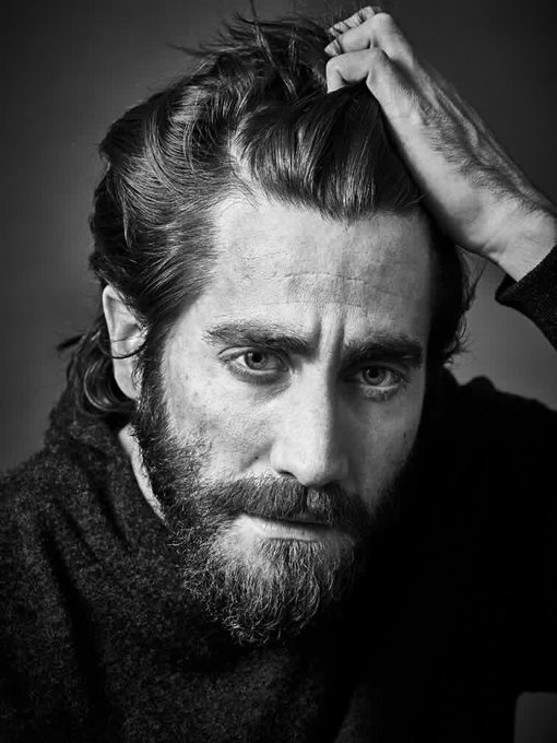 Happy 37th birthday to one of my favorite actors, Jake Gyllenhaal. Still waiting on that Oscar...