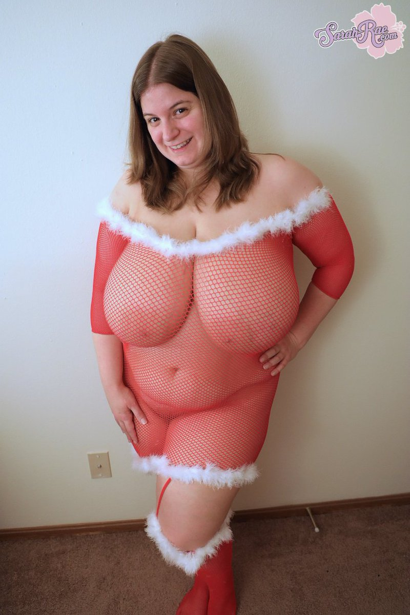 1 pic. Wishing you a Merry Christmas on DGxvdHiDuf ❤️ #busty #hugeboobs #bigtits /