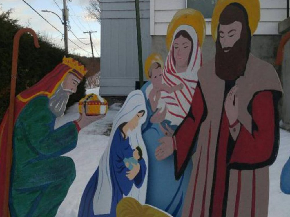 Stolen Jesus and Mary figures are returned to an Ontario church in time for Christmas
