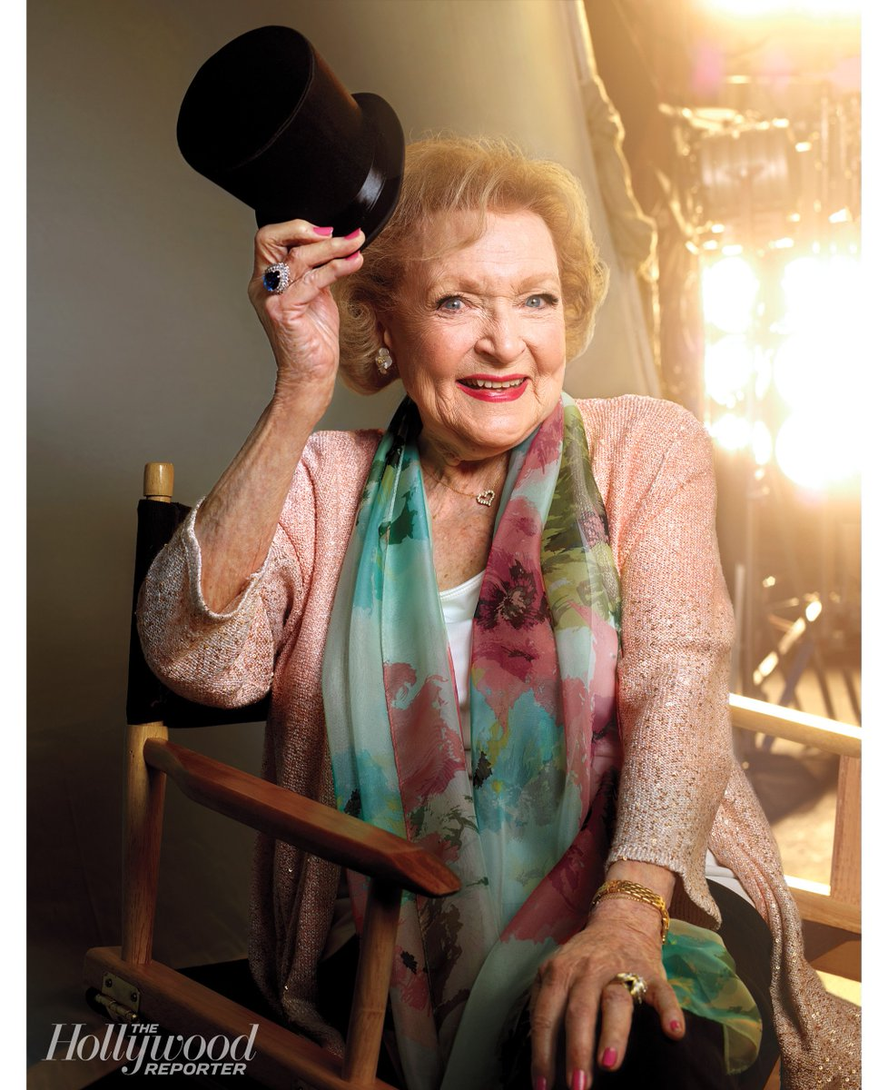 .@BettyMWhite to receive a lifetime achievement honor at the ICG Publicists Awards