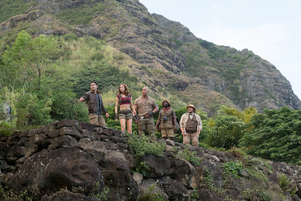 RT @HiddenRemote: #Jumanji: #WelcometotheJungle has heart and lots of laughs! MORE:  https://t.co/k9xIpYDkXp https://t.co/XhM18VVrdV