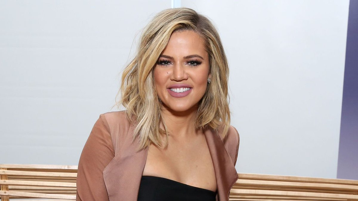 Khloé Kardashian Shows Off Her Baby Bump For The First Time