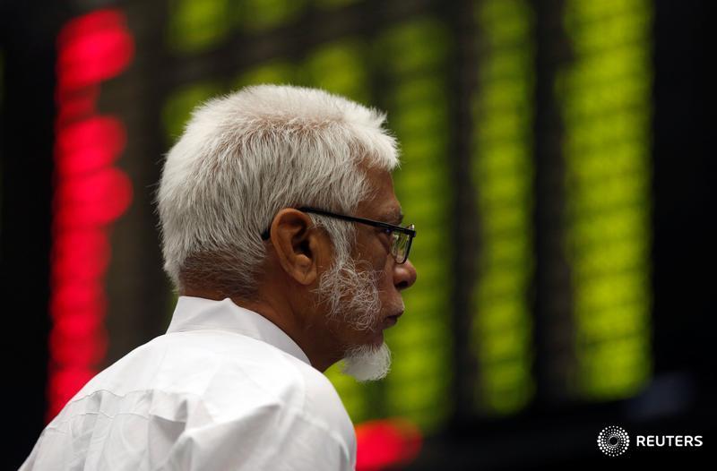 Asia stocks subdued as U.S. tax cuts slug bonds