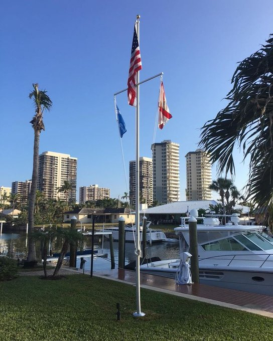 #NauticalFlagpole rescue rebuild efforts mark the spot where the #Yacht #MarsBARR births. Surviving #Hurricane Irma #South Florida. #FlagpoleParts https://t.co/YJi8dXFek3 https://t.co/ykeq4pz4K8