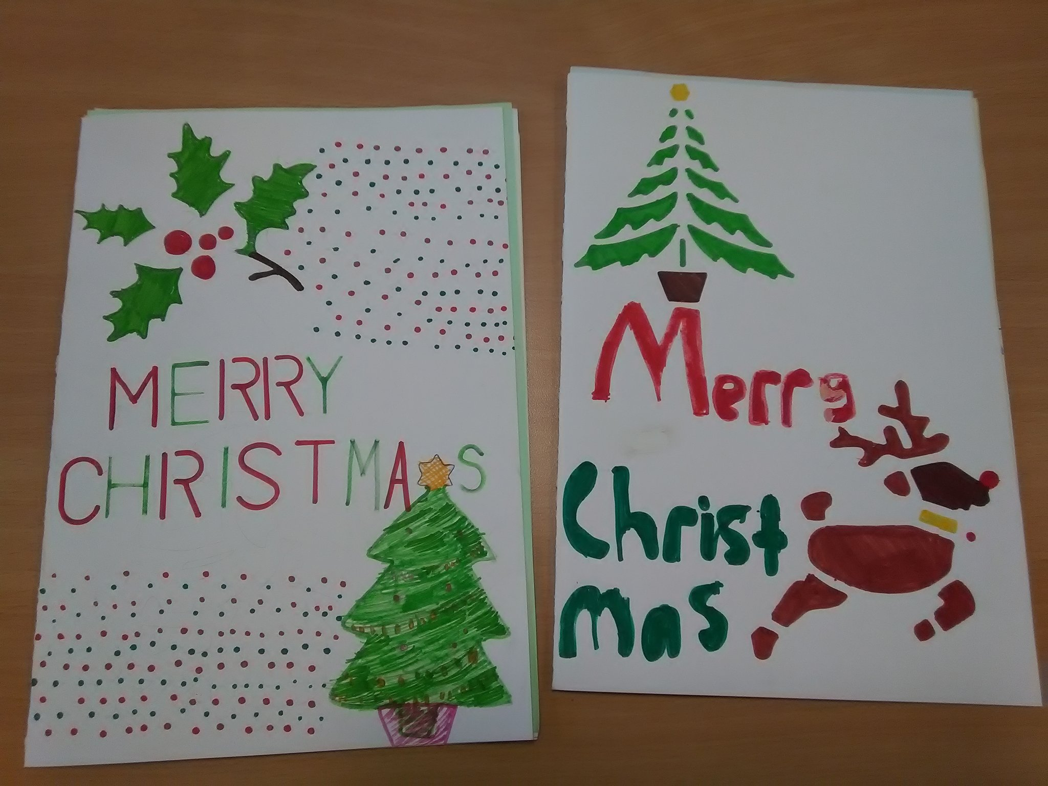 P7 enjoyed reading these Christmas cards from two of last year's P7s who are now in S1 https://t.co/XwCb1vPDOe
