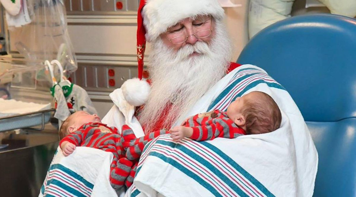 Santa Brings Holiday Cheer To Michigan NICU
