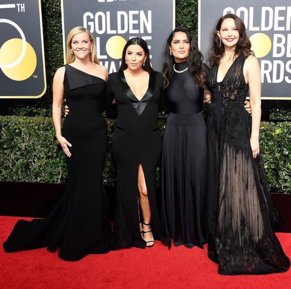 ???????? #TIMESUP #WhyWeWearBlack #GoldenGlobes2018 https://t.co/YnsaP1nOEo