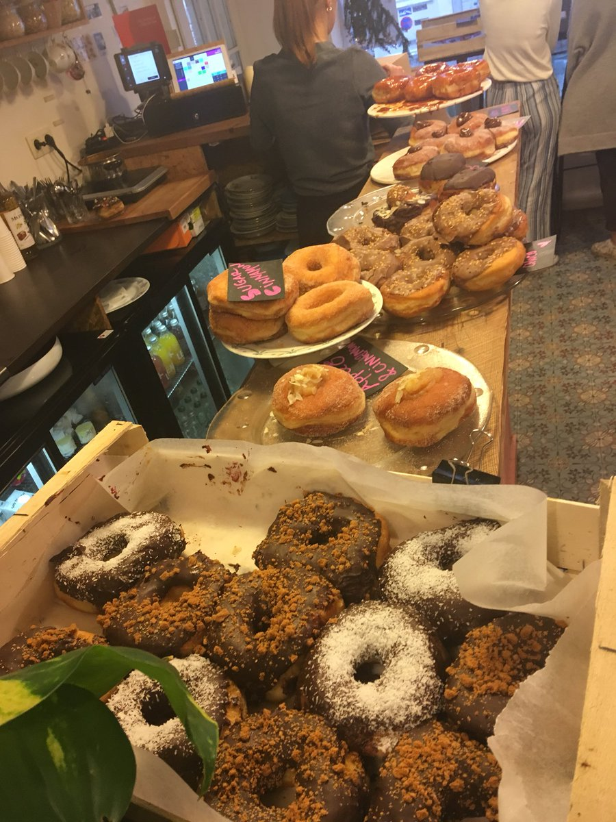 test Twitter Media - #Christo #SprouttobeBrussels perfect dxhibition on a drairy grey day #WrappedTrees #PackedBridges and afterwards enjoy superb homemade #Donuts @#thedonutsshop #COCO in Brussels https://t.co/LpxyvEi0Qk