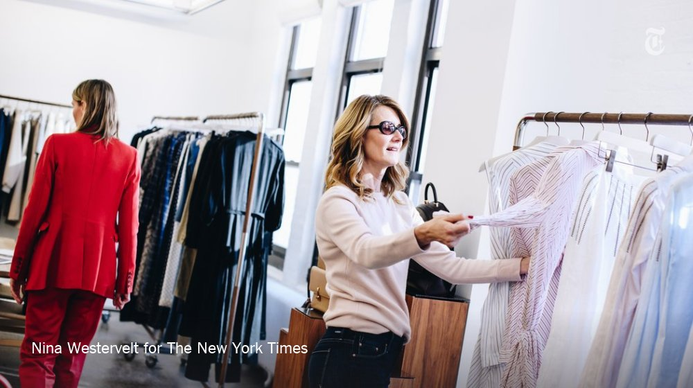 What will Laura Dern wear to the Golden Globes? (Hint: It will be black.) https://t.co/4f12UgzWuI https://t.co/edt5fp42ct