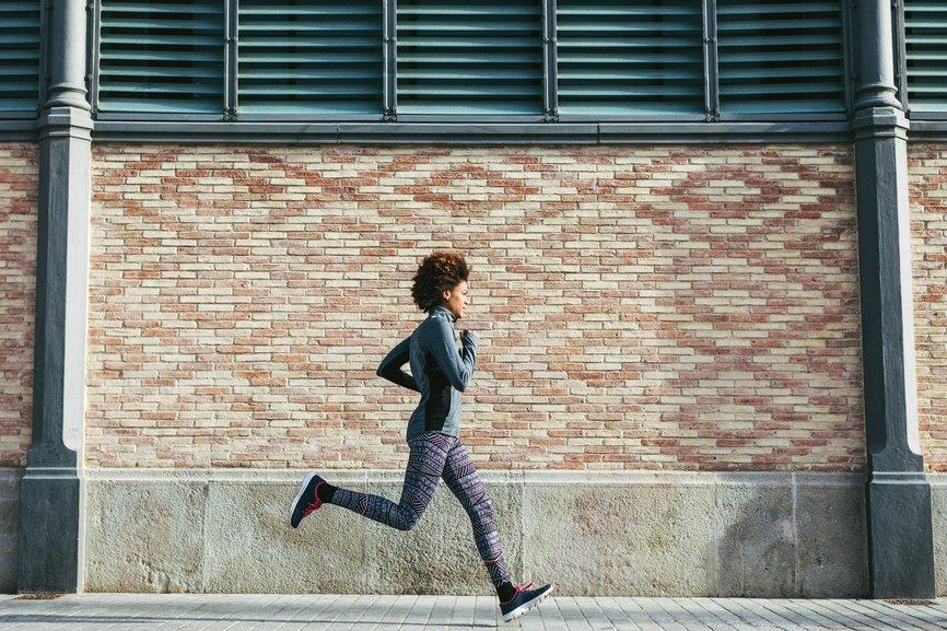 test Twitter Media - Getting started with running? Three badass female marathoners share their best tips via @greatist https://t.co/hUUIEic8Io https://t.co/PTBSWm2hNz