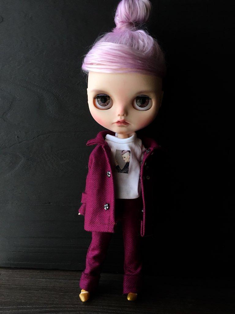 RT @DaKawaiiDolls: @kellycutrone @KellyOsbourne finally done mini #kellyosbourne she is so cool and beautiful. https://t.co/vT7XsMRlQS