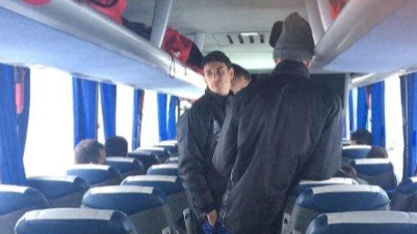 O autobús do Cerceda atrapado  tvgalicia