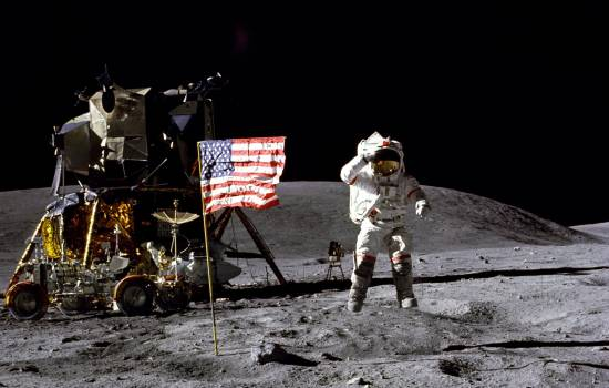 John Young, 'space pioneer' who walked on moon, dies at 87