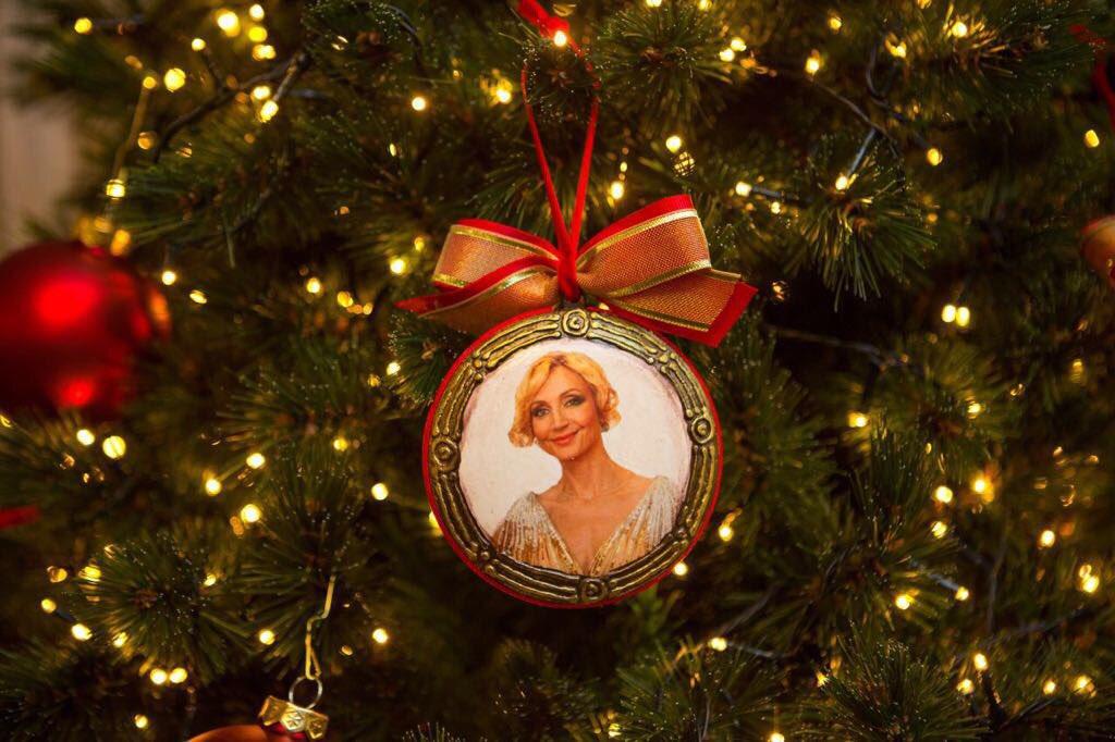 С Рождеством!????????????❄️????#кристинаорбакайте #krisrinaorbakaite #слюбовьювдуше❤️ https://t.co/rIKHWRoW0h