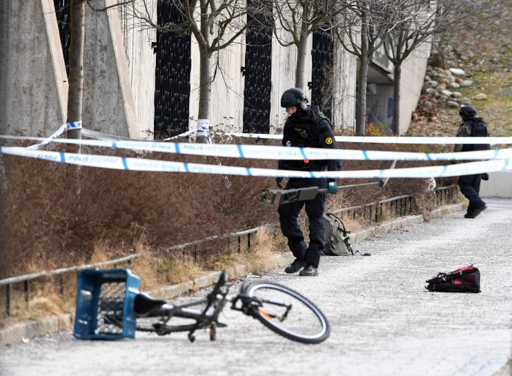 Man dies in Stockholm blast; police see no terrorism link