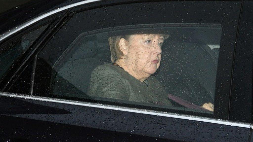 Merkel in new bid to end political impasse
