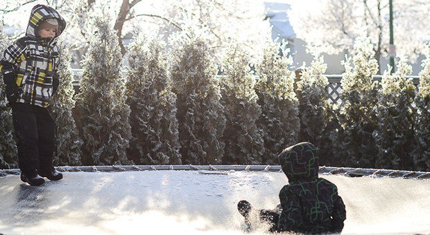 50 Outdoor Things to Do with Your Kids in Winter