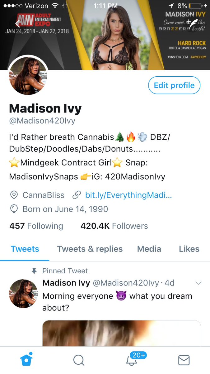 I just realized I hit 420k followers on here 😋💚💚💚 thanks so much everyone for following my silliness