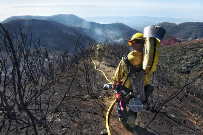 Thomas fire in Southern California 88 percent contained