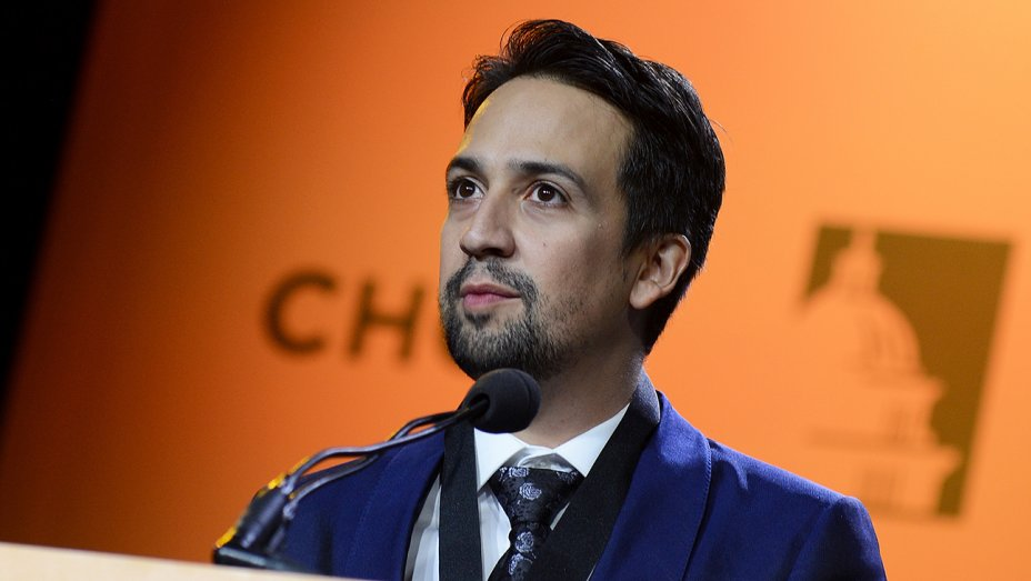.@Lin_Manuel's grandmother dies on Christmas Day