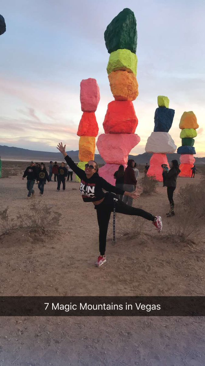 Took the fam to 7 Magic Mountains in Vegas... so beautiful! vOBQpW0wq9