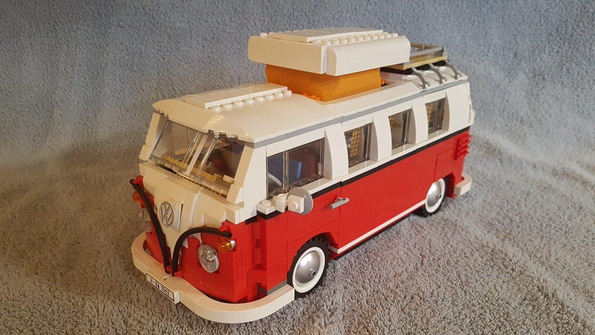 This is how you spend Winter Break. Building the #legovwbus #lego #10220 #vw #creatorexpert #t1campervan https://t.co/HaEBKmoSjP