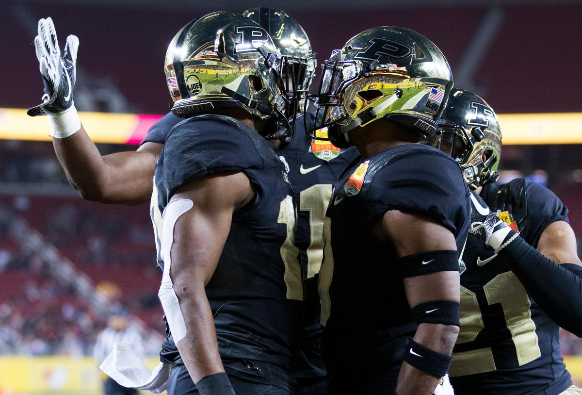 RT @ESPNCFB: Boiler up!  In its first bowl game in 5 years, Purdue takes down Arizona in a 38-35 thriller. https://t.co/RBYTjh69Cv