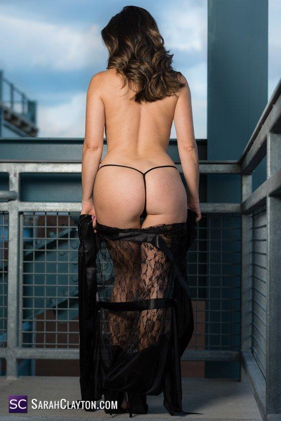 Give a like and a RT if you like juicy butts like mine ☺️