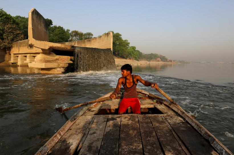 India's federal auditor slams Modi's slow Ganges clean-up