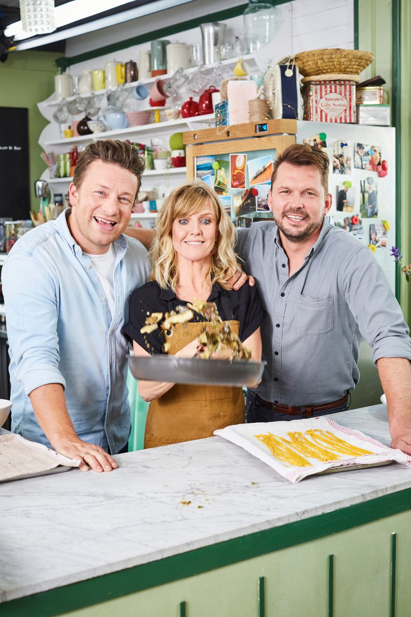 This is a great recipe for practising your tossing technique #FridayNightFeast https://t.co/GadhRGn0jU