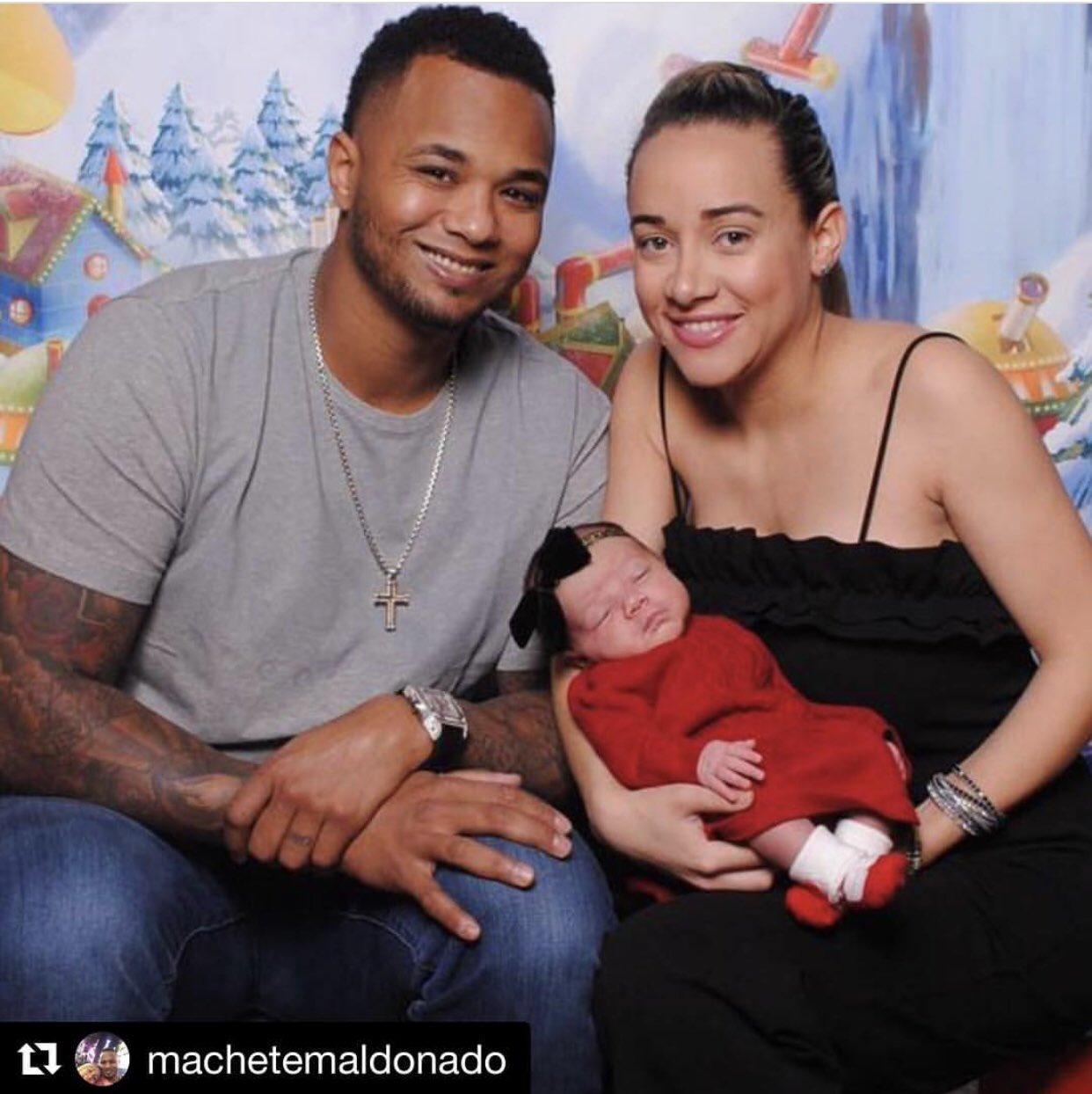Baseball is family.  ��: @Machete1224/Instagram https://t.co/vbiDqJlEM5