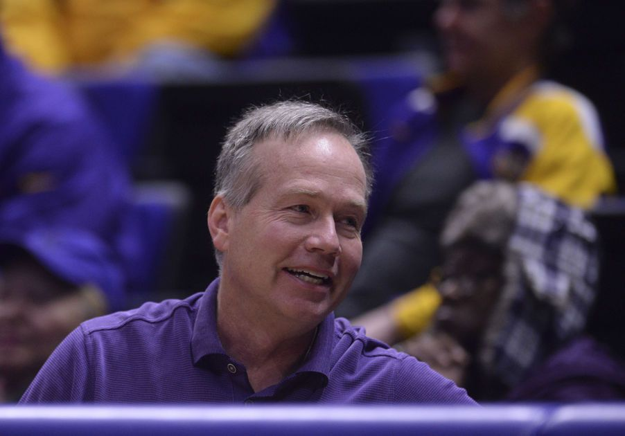 LSU: State legislators threatened college funding if players protested