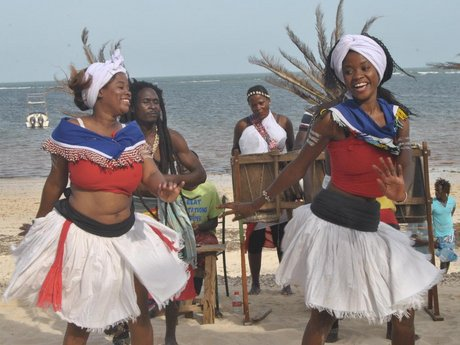 Pomp and color as hundreds attend Bahari cultural expo Malindi
