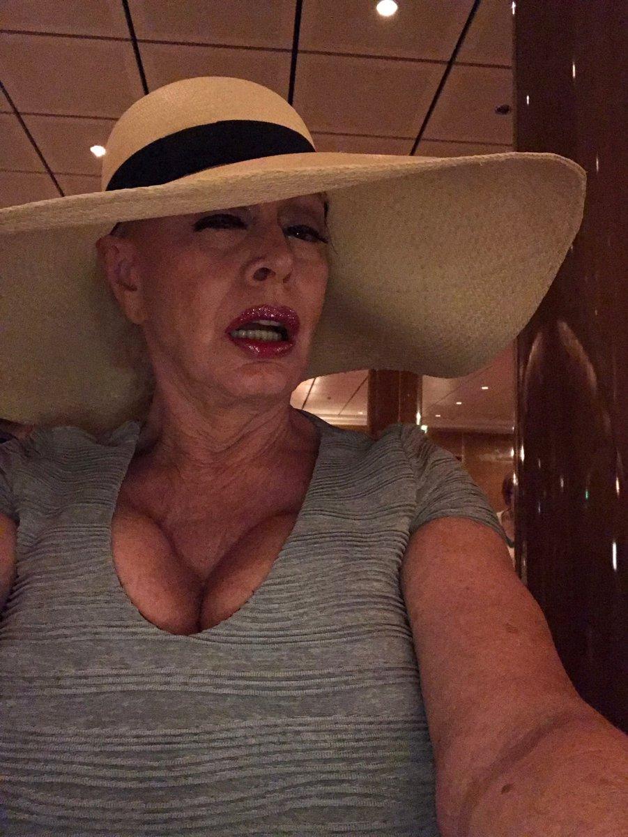 The #Patty Plenty Hat! k7izk5YoMT