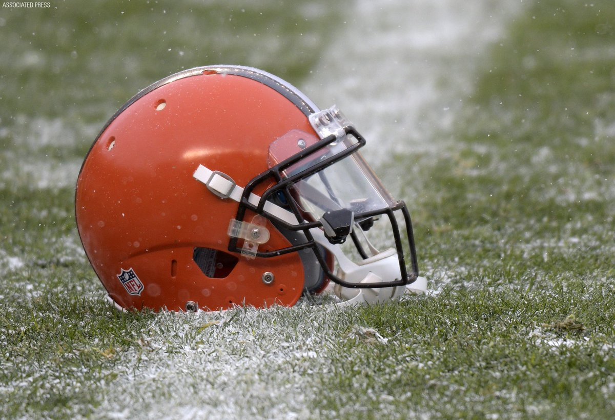 The Cleveland @Browns have completed a 0-16 season, the second in @NFL history.