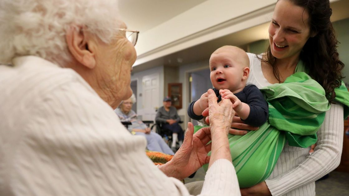 Music therapy brings generations together at St. Louis-area nursing homes