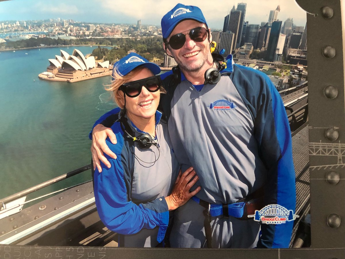 Things to do on New Year's Day .... climb the #sydneyharbourbridge with your love! #mydebs https://t.co/Kp6eghRhr2