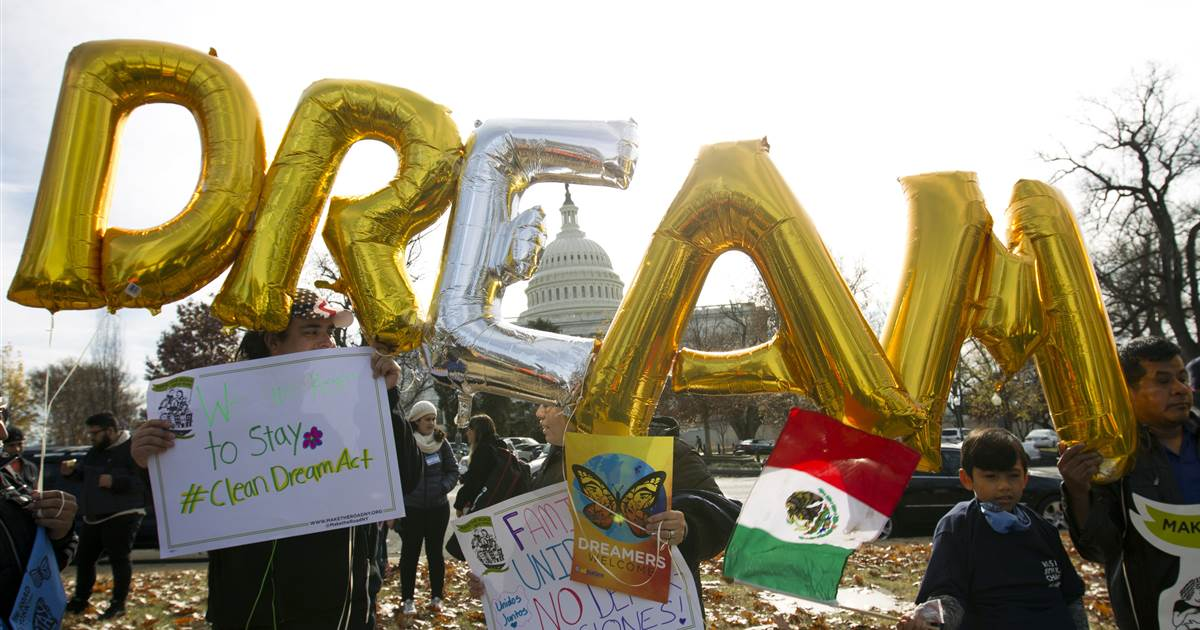 The year in Latino news, politics: Experts see cause for concern and optimism