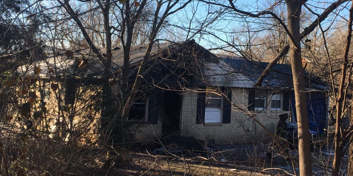 Two killed in house fire on Mills Drive in Clarksville