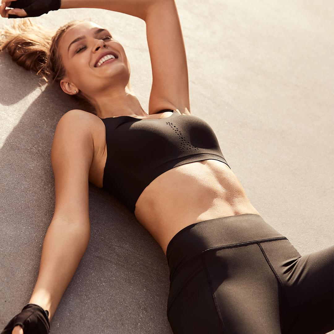 When it fits like a glove—must be the Total Knockout Tight! https://t.co/HsVJq8YfAZ #TrainLikeAnAngel https://t.co/ZNiJovIHnP