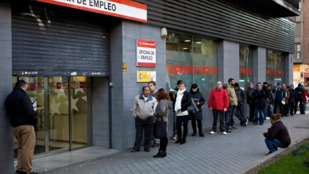 Spain's unemployment shrinks in 2017