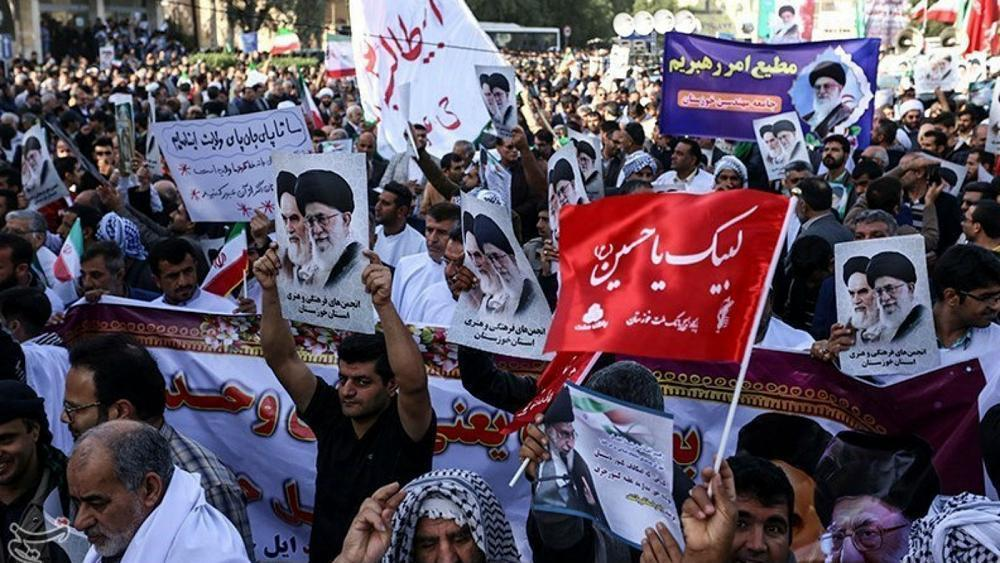 Iran's Revolutionary Guard deploys forces to quell unrest