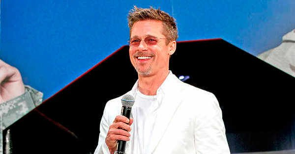 Attention all interested parties: Brad Pitt is now casually dating.