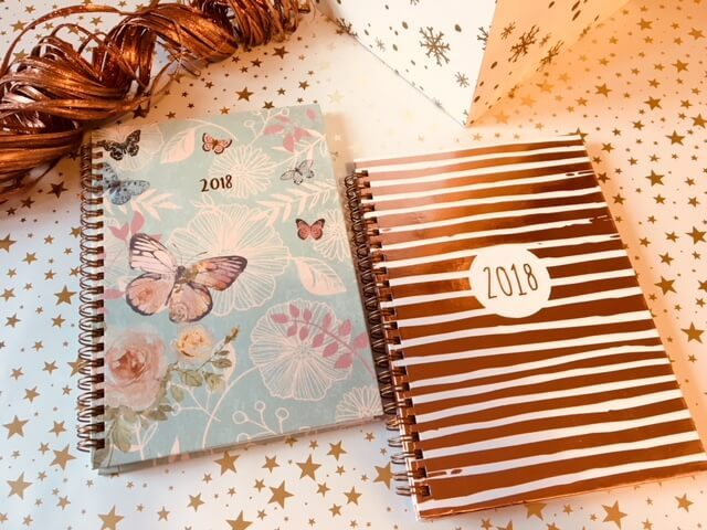 Blogger @RachelBustin UK Giveaway: Win 1 of 3 Diaries