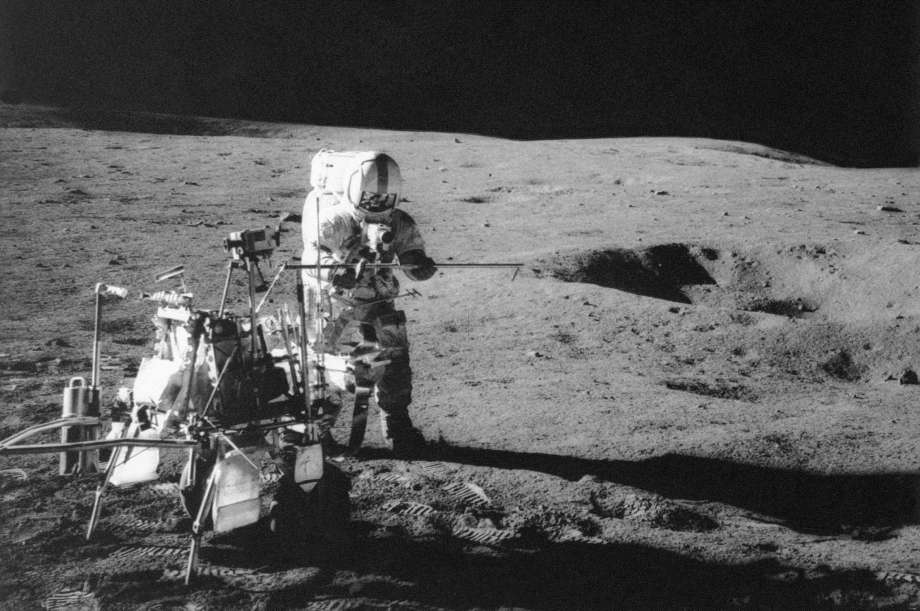 Our former intern, @Astro_Maker, explains just what it will take to get humans back to the Moon: https://t.co/iPPRIad9Cn https://t.co/6nAU5qYfYf