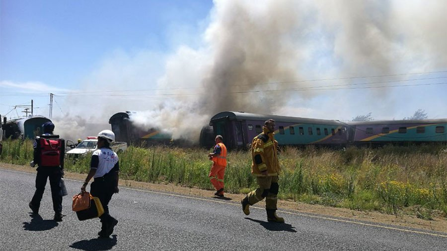 Train collision kills 14, injures 260 in South Africa