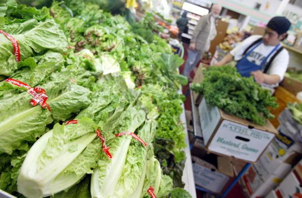 CDC Warns Romaine Lettuce May Be Linked To E. ColiOutbreak