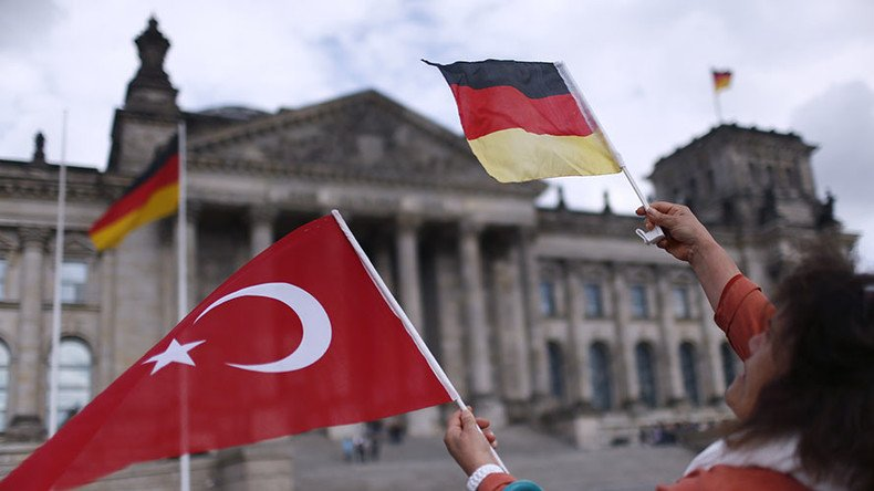 Turkey to Germany: Time for 'new beginning', not for 'bullhorn diplomacy'