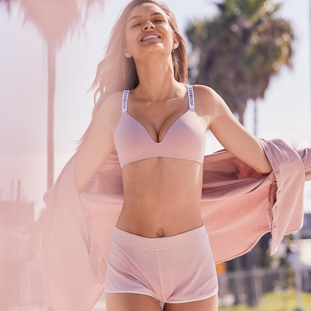 No wire? No problem. #GoWireless in the new T-Shirt Bra, 2/$49.50: https://t.co/pmvwQKGaze https://t.co/E8pDaFDXWI