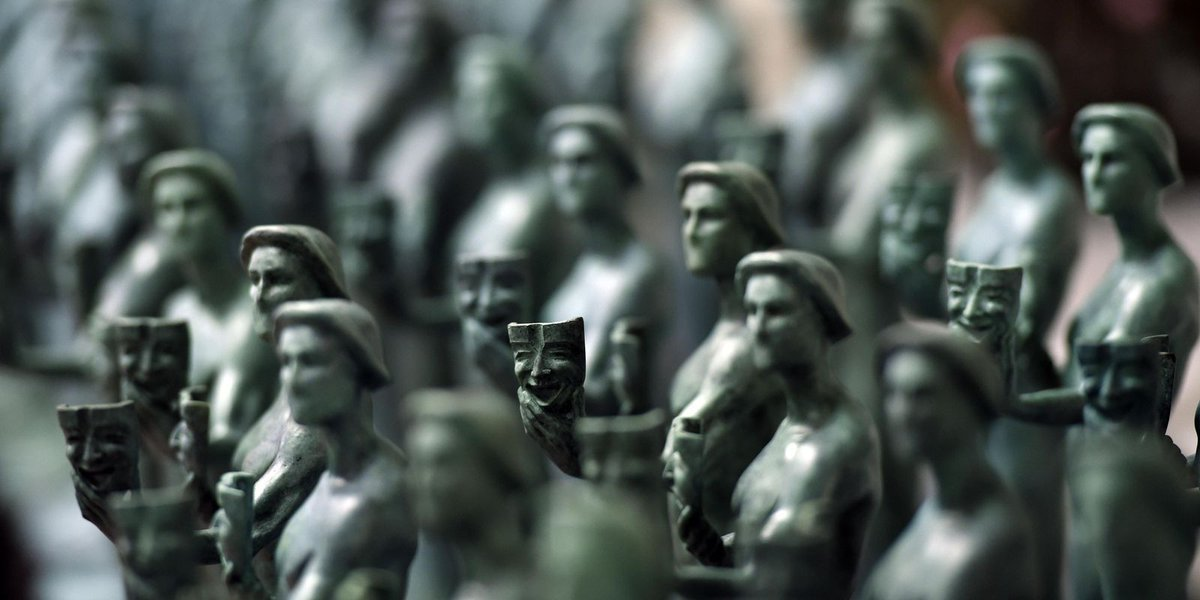 SAG Awards statuettes start out as molten metal